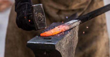 Станки для холодной ковки Blacksmith — особенности и назначение