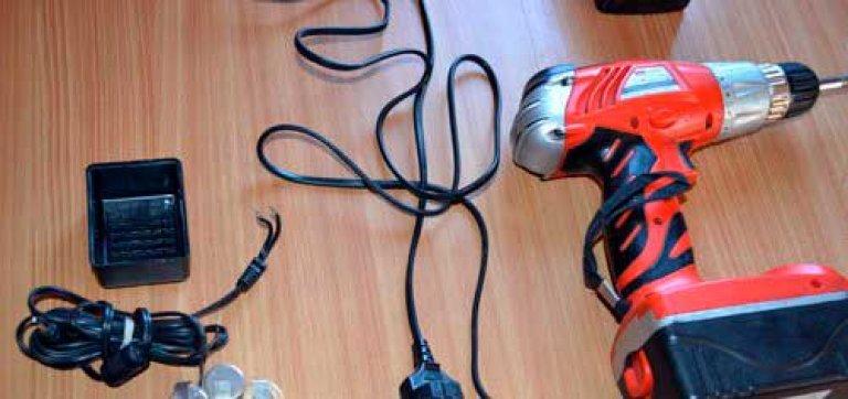 Как сделать аккумуляторного шуруповерта 76